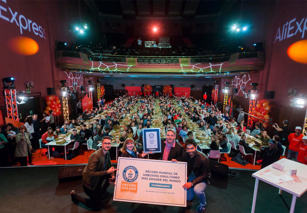 ALI EXPRESS BEATS THE UNBOXING GUINNESS WORLD RECORD AT CINES CALLAO