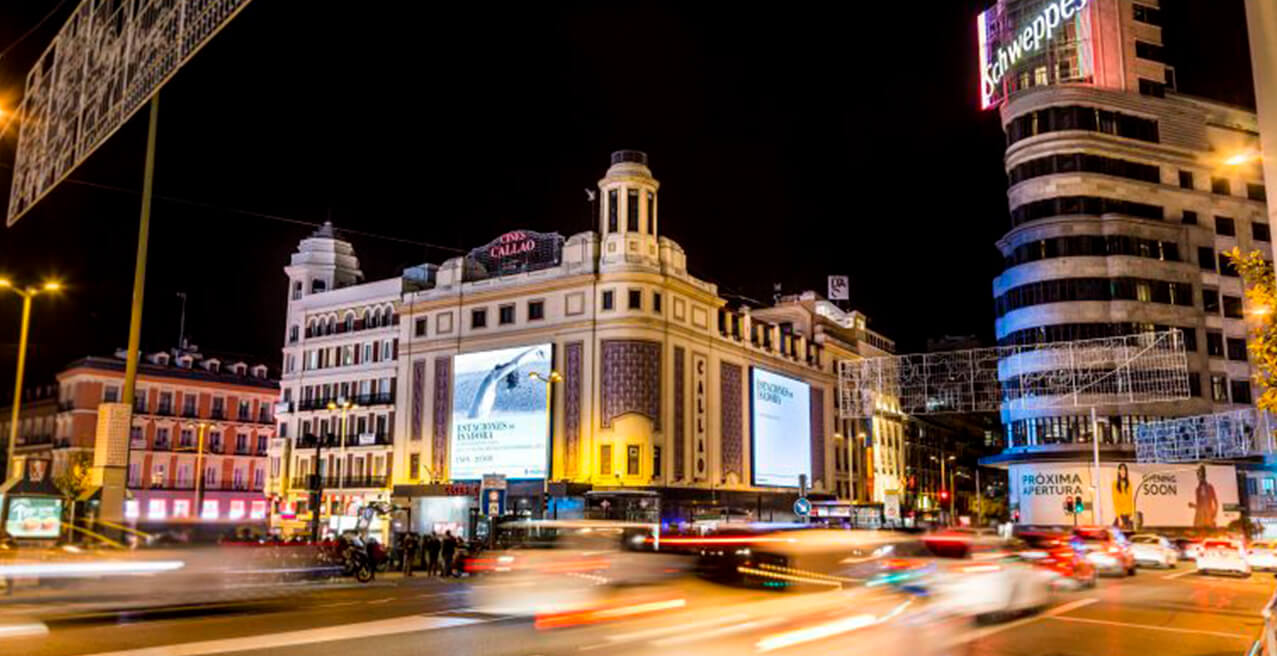 CALLAO CITY LIGHTS, HOSTS OF OUTDOOR ADVERTISING IN MADRID