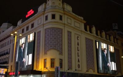 CAROLINA HERRERA PRODUCES A LIGHTNING STORM TURNING THE LIGHTS OFF AT THE PLAZA DEL CALLAO