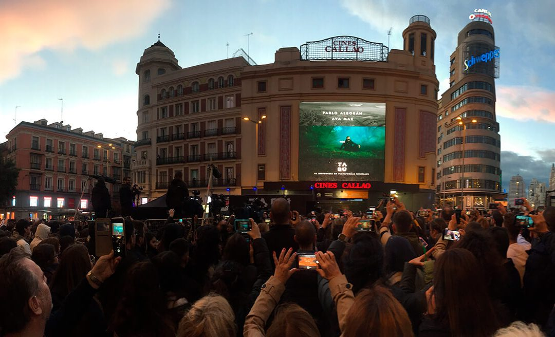 CALLAO CITY LIGHTS BROADCASTS LIVE THE WORLD PREMIERE OF 'TABÚ', THE NEW VIDEO CLIP BY PABLO ALBORÁN AND AVA MAX
