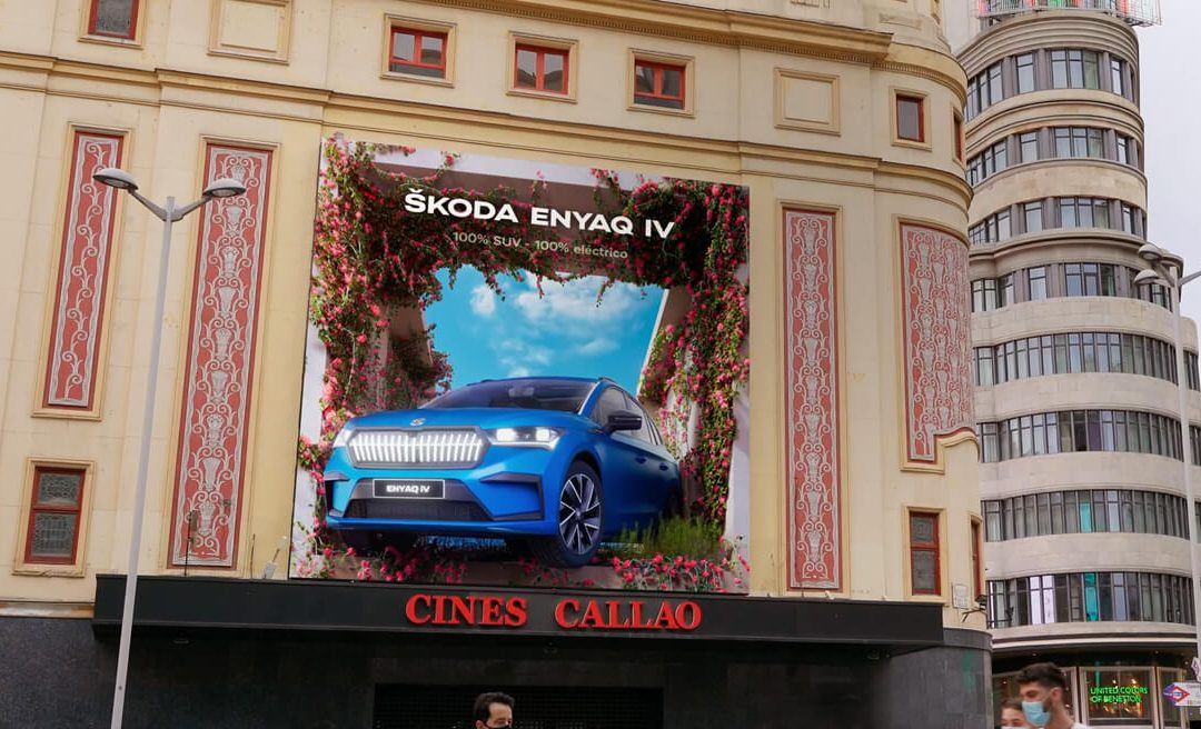 CALLAO CITY LIGHTS BLOOMS WITH THE PASSAGE OF THE NEW ŠKODA ENYAQ iV